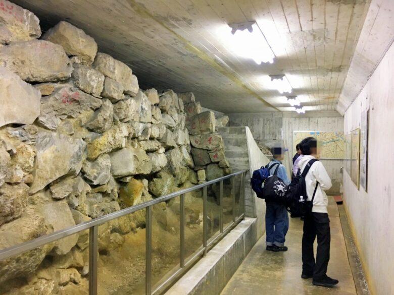 福岡城跡堀石垣