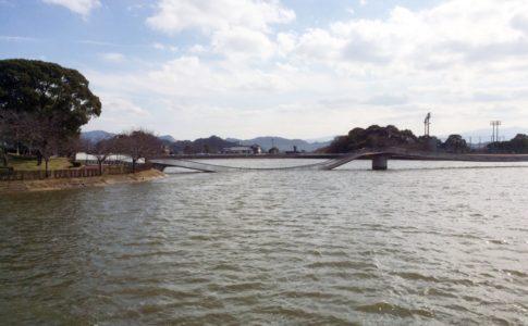 崩落した橋